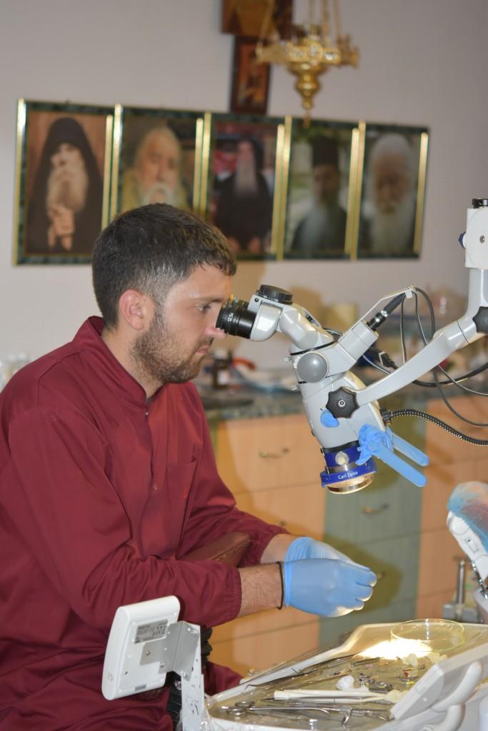 Lupa, ochelari, microscop pentru sterilizare11
